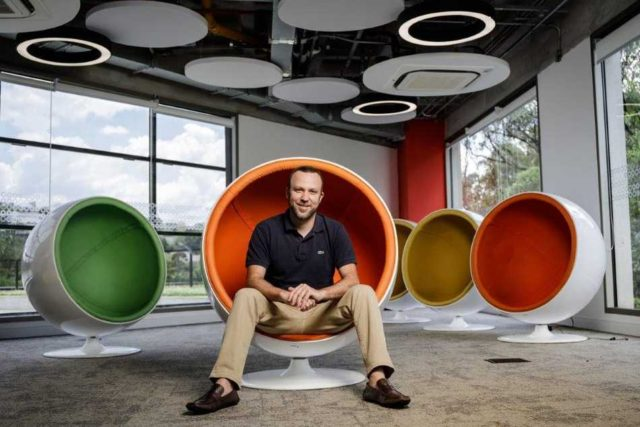 Dennis Herszkowicz CEO